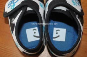 como enseñar a colocar los zapatos a un niño